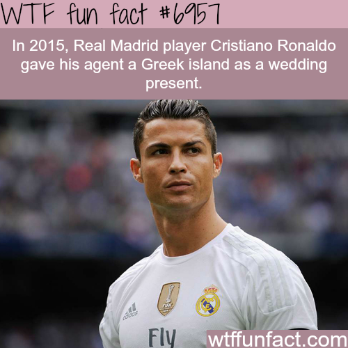 Cristiano Ronaldo gifted his agent an island - WTF fun fact